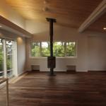 ウォールナット床材と薪ストーブ