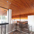 チーク材の天井